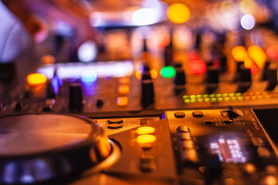 DJ – muzyk idealny na wesele